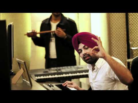 Kolaveri di Punjabi Vich Ft Pinky Moge Wali ( DesiRoutz Punjabi Version )