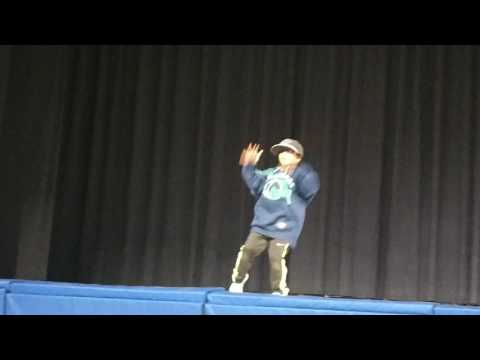 Cute 6 year old dance juju on the beat...MUST WATCH