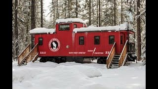Someone Turned This Caboose Into A Perfect Little Home