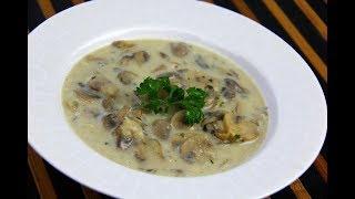 Creamy Coconut Mushroom Soup #MeatFreeMonday | CaribbeanPot.comn