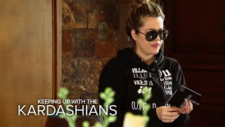Kim, Khloe, & Kylie Involved in Car Accident in Montana | KUWTK | E!