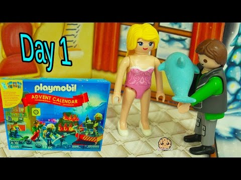 Mom & Dad - Playmobil Holiday Christmas Advent Calendar - Toy Surprise Blind Bags  Day 1