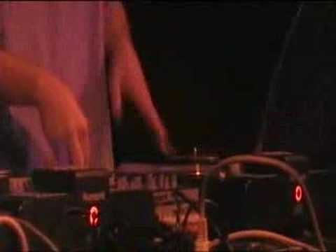 Turntable Rockstars feat. MC Sonny Mp3