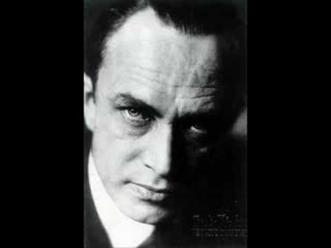 Conrad Veidt sings'When the Lighthouse Shines Across the Bay'1933