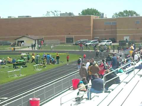 400m relay. 2nd place.