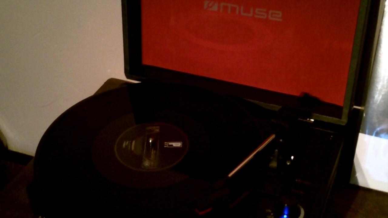 test de la platine vinyle muse mt 101 db youtube. Black Bedroom Furniture Sets. Home Design Ideas