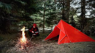 SOLO WINTER MINIMAL OVERΝIGHT - Best Emergency Tarp Survival Shelter Wilderness Camping