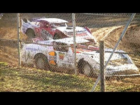 2017 Super Sedan Grand Prix ## HEAT 1  Latrobe Speedway, Tasmania