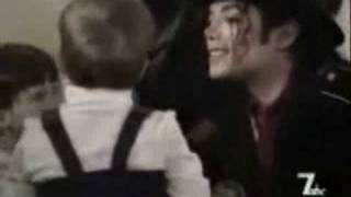 Michael Jackson - You are not alone (music video)