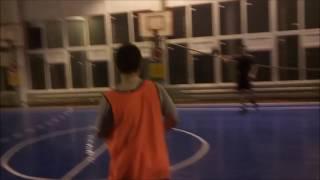 Гандбол . Тренировка техники контроля мяча , игры в пас , бросков по воротам !