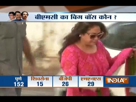 BMC Polls 2017: Tina Ambani Casts Vote, Shiv Sena and BJP Reputation at Stake
