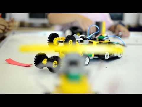 โครงการสอนเสริมภาคฤดูร้อน(การเขียนโปรแกรมควบคุมหุ่นยนต์)