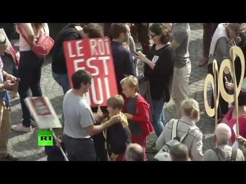 La France insoumise manifeste à Paris contre le «coup d'Etat social» d'Emmanuel Macron