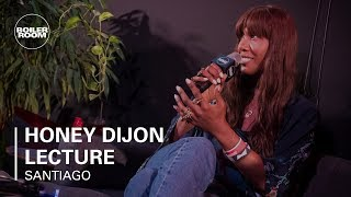 Baixar Honey Dijon Talks Early Chicago House, First Record & Being A Party DJ | Boiler Room BUDx Santiago