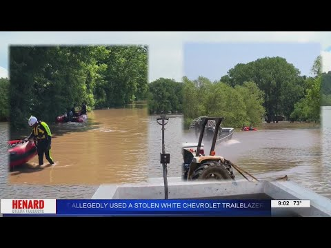 Video of Airboat Rescuing Flood Victims!