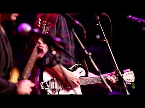 "Sean Hayes - ""Powerful Stuff"" (eTown webisode #686)"