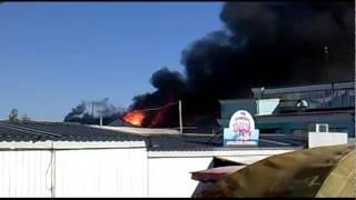 Пожар на центральном рынке Чернигова 19.05.15(Пожар на центральном рынке Чернигова 19.05.15., 2015-05-19T07:12:01.000Z)