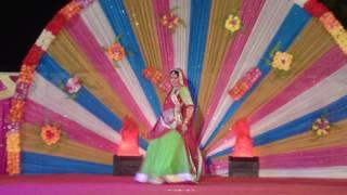 Rajasthani Dance Dekho Dhol Nagada Baje Re...