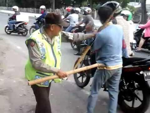 Tawuran Dijembatan 2 STM Kampung Jawa Vs Ippi 1 Orng Ketangkap Ank Ippi Sampe Mau Nangis