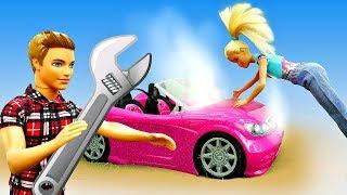 Мультики для девочек - У Барби закипела машина. Кукла застряла в лесу. Игры с Барби