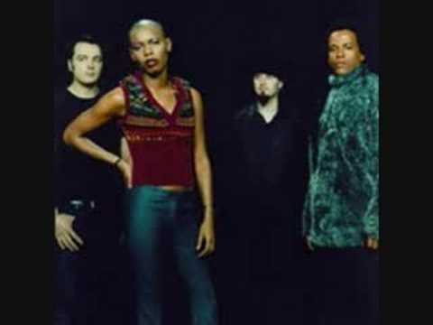 Skunk Anansie - Strong