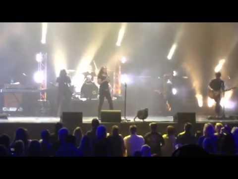 Gretchen Wilson covers Led Zepplin