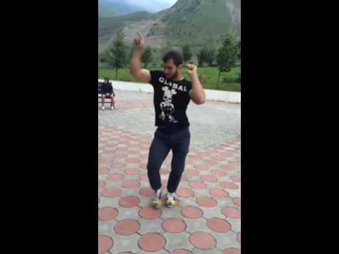 Танец под хабиби