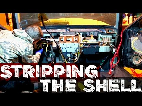 How To Completely Strip A Car Interior For Parts! Honda Civic EK9 Build