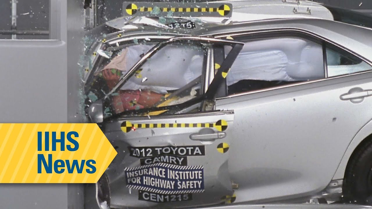 Crash test results for midsize family cars - IIHS news