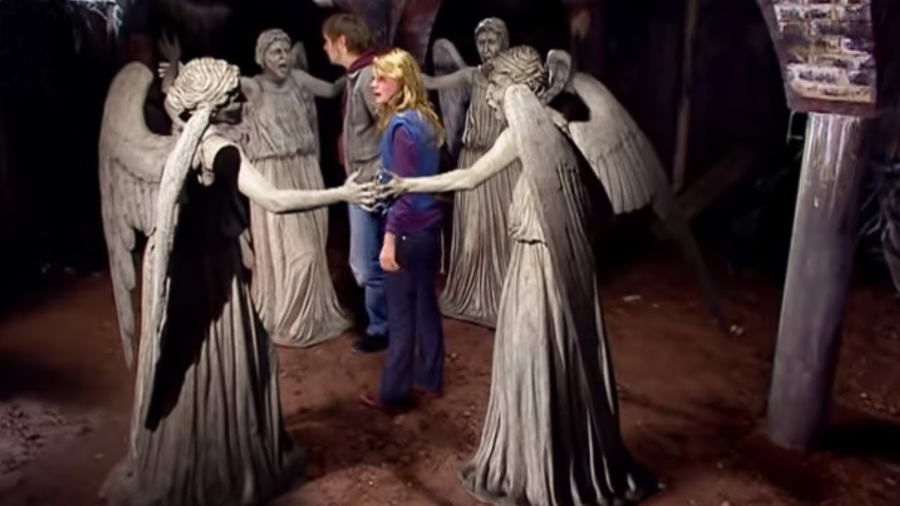 The Weeping Angels Attack Blink Doctor Who Youtube