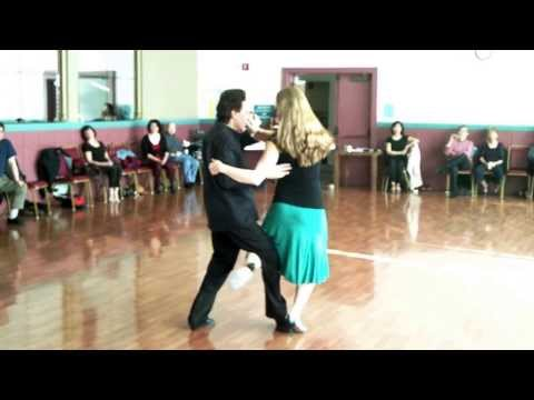 Dancing the Argentine Tango : Modern Argentine Tango Steps