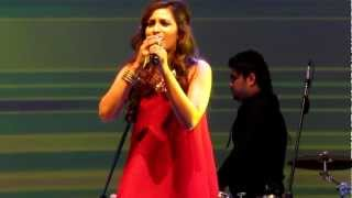 Shreya Ghoshal- Tere Mast Mast Do Nain Thumbnail