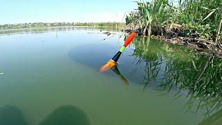 Рыбалка на деревенском пруду на поплавок Ловля карася на маховую удочку