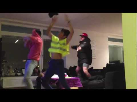 Harlem Shake - Living Room Edition