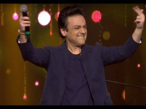 Our fastest pianist, Adnan Sami shows us how it is done at the RSMMA! | Radio Mirchi