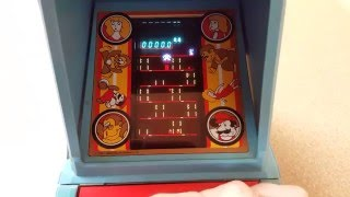 Vintage Coleco Donkey Kong Table Top Arcade Retro Review and Gameplay