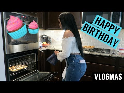 BAKING MY BOYFRIEND CUPCAKES FOR HIS BIRTHDAY!! | VLOGMAS DAY 11