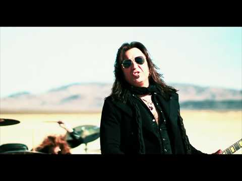 "Stryper - ""Sorry"" (Official Music Video)"