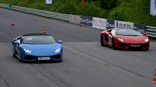 Lamborghini Aventador Roadster vs Huracan Spyder