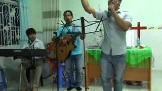 Chương trình Ngợi khen thờ phượng Chúa tại HT Phúc Âm Toàn Vẹn Giô-ên(Di Linh)