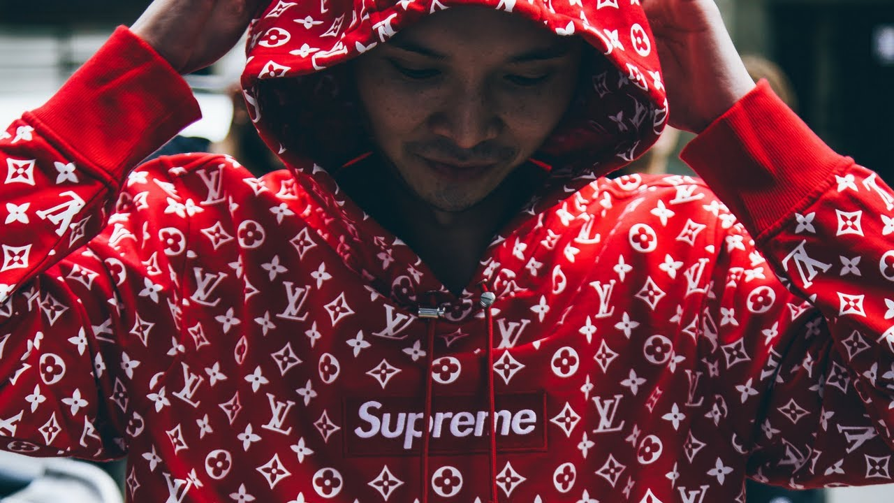 2d4c201c26cf Supreme x Louis Vuitton First Look At The Drop In London - YouTube