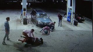 Bungled robbery at Oakland Park gas station caught on camera thumbnail