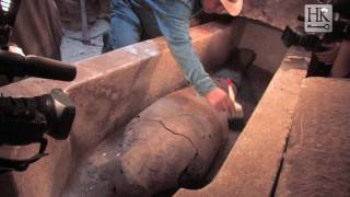 Download Video Discovery of an Intact Tomb at Saqqara  (ft. Dr. Hawass) MP3 3GP MP4