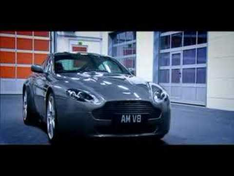 Aston Martin V8 Vantage Showcase