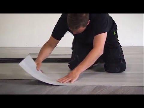 Как правильно класть плитку пвх на пол видео
