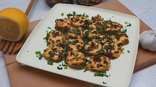 Шампиньоны в духовке с сыром Рецепт в сметанном соусе