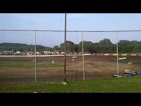 Matt Murphy #8 steel block late model heat race Peoria speedway 6-16-18