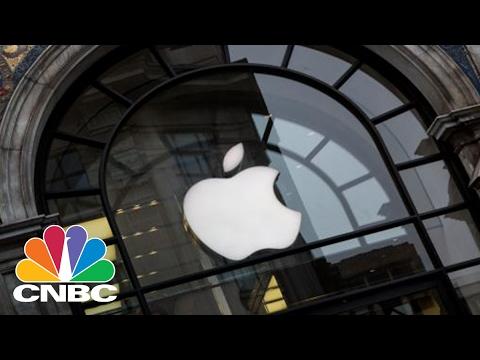 Apple Will Break Losing Streak This Quarter | Squawk Box | CNBC
