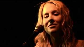 Catherine Britt - Sweet Emmylou (Live)