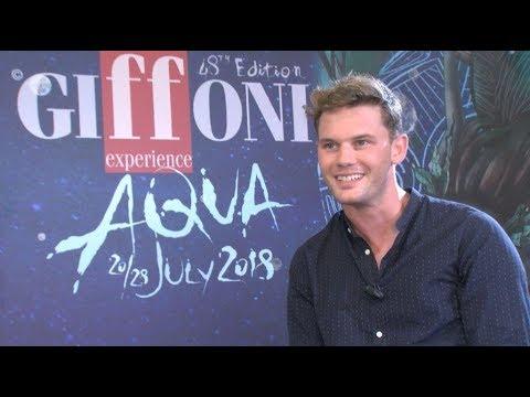 Jeremy Irvine parla di Mamma Mia - Ci Risiamo: Intervista esclusiva!